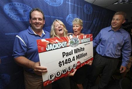 Paul White castigator la Powerball